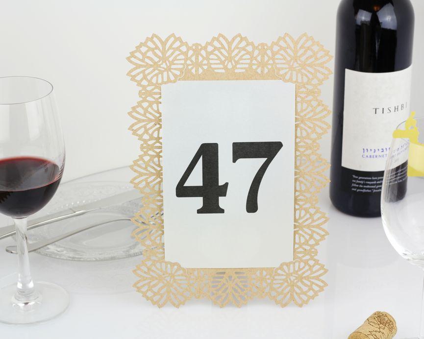 מספרי שולחן לחתונה