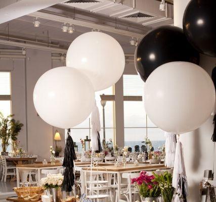 בלונים לחתונה - שחור לבן