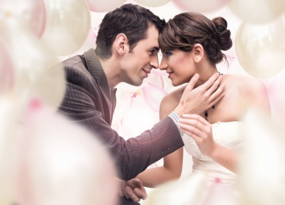 חתונה אינטימית – קסם המגע האישי